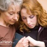 Mother-Daughter-Worry-Sad-Sick-Cancer