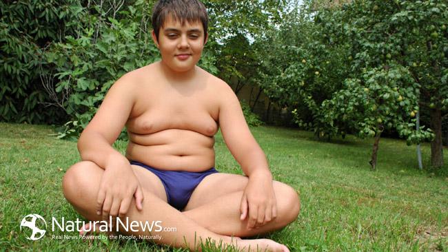 Fettleibiger Teenager nackt Gannon nackt