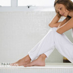 Woman-Thinking-Sad-Barefoot
