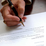 Document-Lawyer-Sign-Pen-Contract